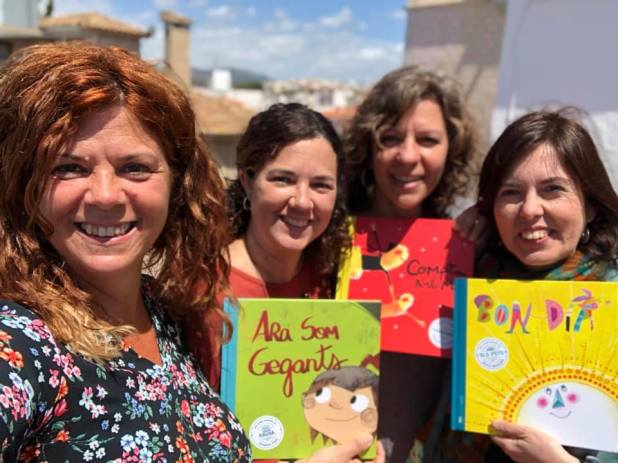Núria Puyuelo i Laia Figueres editores de Nanit i la il·lustradora Marta Muntañá
